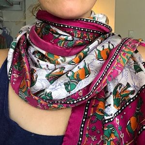 Accessories - Horse 🐎 and Elephant 🐘 Scarf